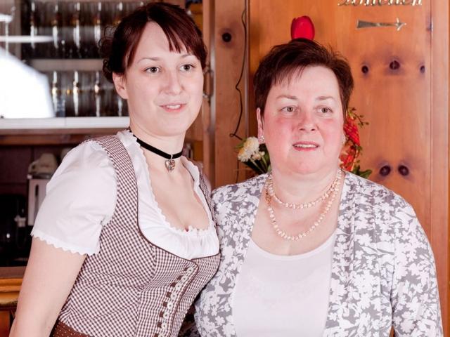 """Gasthof """"Zur Platte"""" - Waldrestaurant und Pension - Belegschaft"""